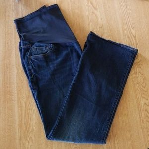 Old Navy full panel boot-cut maternity jeans.